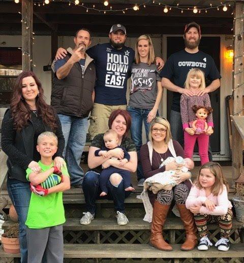 elizabeth's family-min