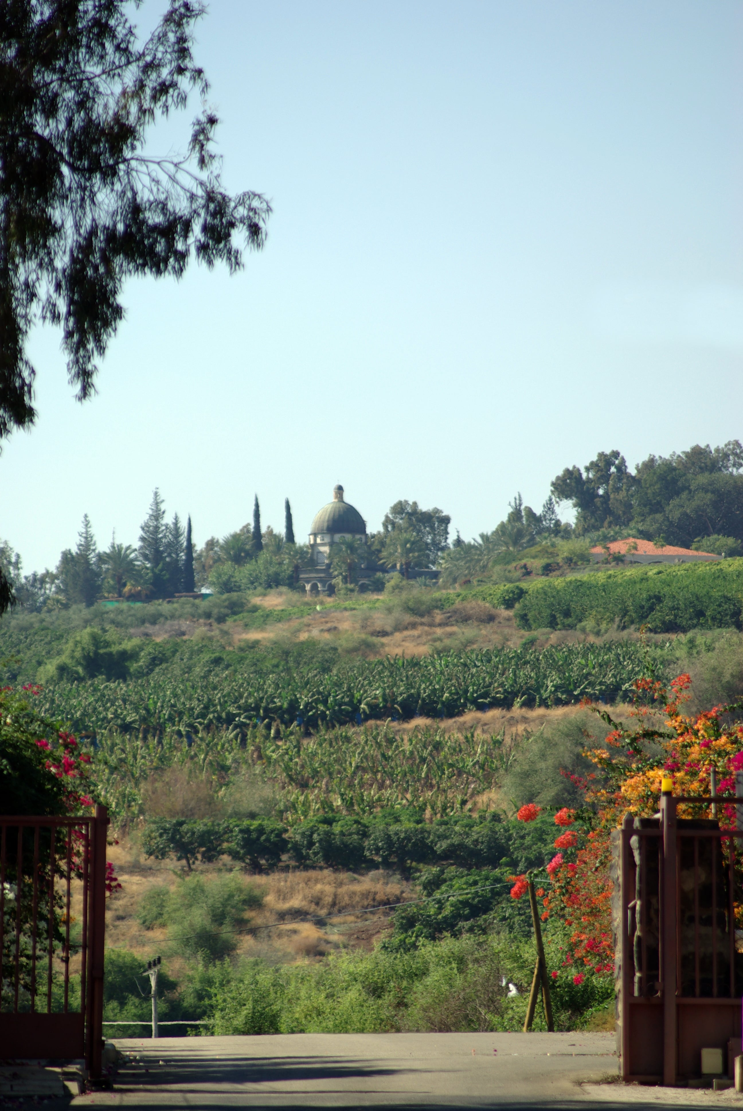 mount of the beatitudes view from capernaum-min