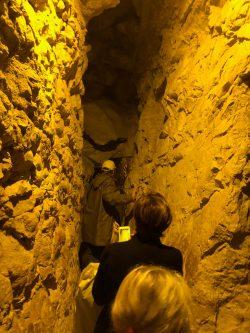 entrance to hezekiahs tunnel2-min
